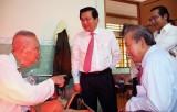 Phó Thủ tướng Thường trực Chính phủ thăm cán bộ lão thành cách mạng tại Long An