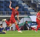 Quang Hải và Văn Hậu vào top 5 cầu thủ trẻ hay nhất Asian Cup 2019