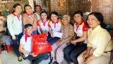 Phụ nữ Cần Đước vận động trên 1.000 phần quà tết cho hội viên, phụ nữ nghèo