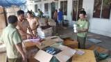 Vĩnh Long: Tạm giữ hàng trăm thùng mỹ phẩm, tân dược chưa rõ nguồn gốc