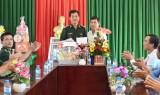 Thăm, tặng quà cán bộ, chiến sĩ nhân kỷ niệm 60 năm Ngày truyền thống Bộ đội Biên phòng