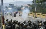Nga: Mỹ có kế hoạch mua vũ khí vũ trang cho phe đối lập Venezuela