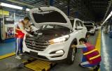 Doanh số bán ôtô tại thị trường Việt Nam giảm kỷ lục