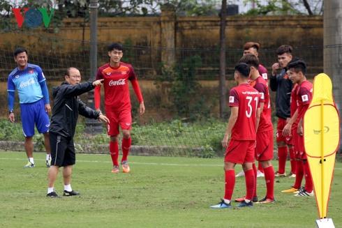 HLV Park Hang Seo phải xây dựng một đội bóng mới trong bối cảnh không có nhiều thời gian ở đợt tập trung lần này. (Ảnh: Minh Hoàng)