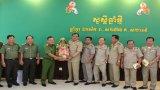 Công an tỉnh Long An chúc Tết cổ truyền Campuchia