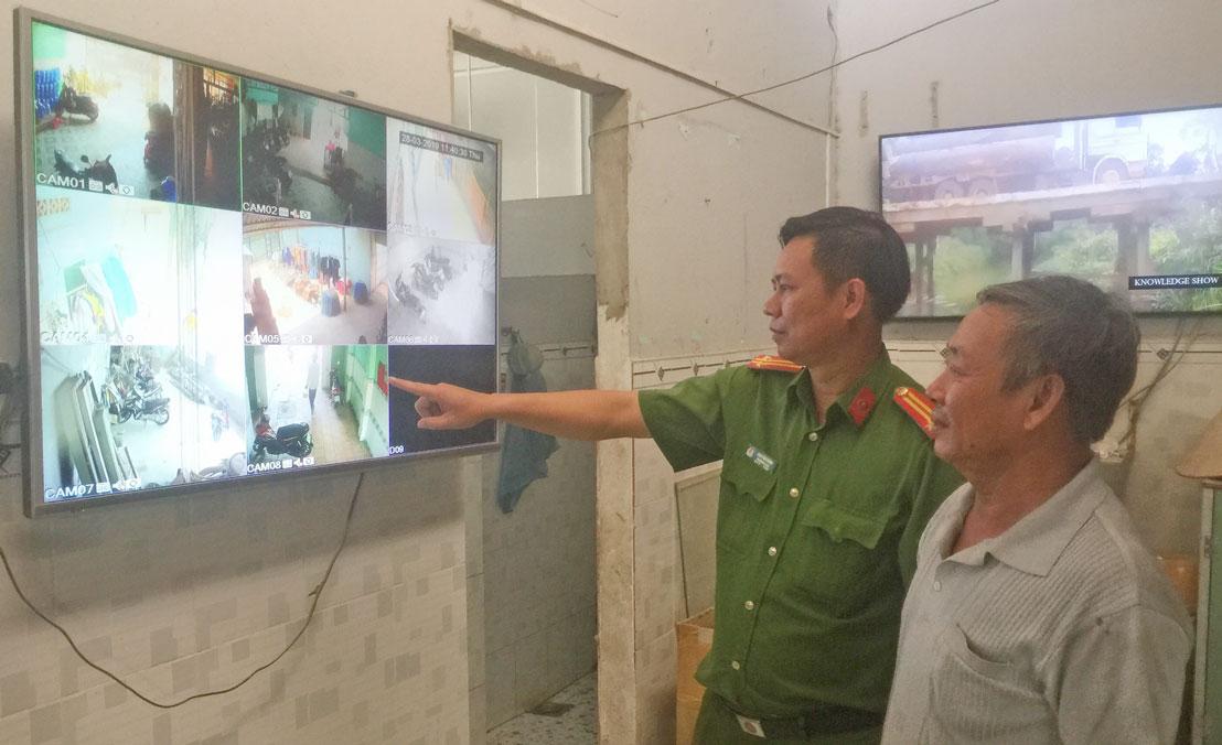 Công tác tuyên truyền đến chủ nhà trọ lắp camera tại các khu nhà trọ bảo đảm an ninh, trật tự