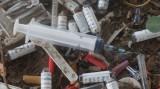 """""""Bãi đáp"""" của các con nghiện ma túy gần cầu Voi 1"""