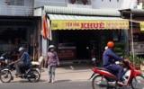 An Giang: Dân vây bắt kẻ dùng xuyệt điện tự chế xông vào cướp tiệm vàng