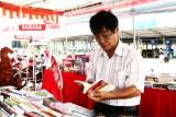 Hưởng ứng Ngày Sách Việt Nam, nhiều loại sách giảm giá lên đến 50%