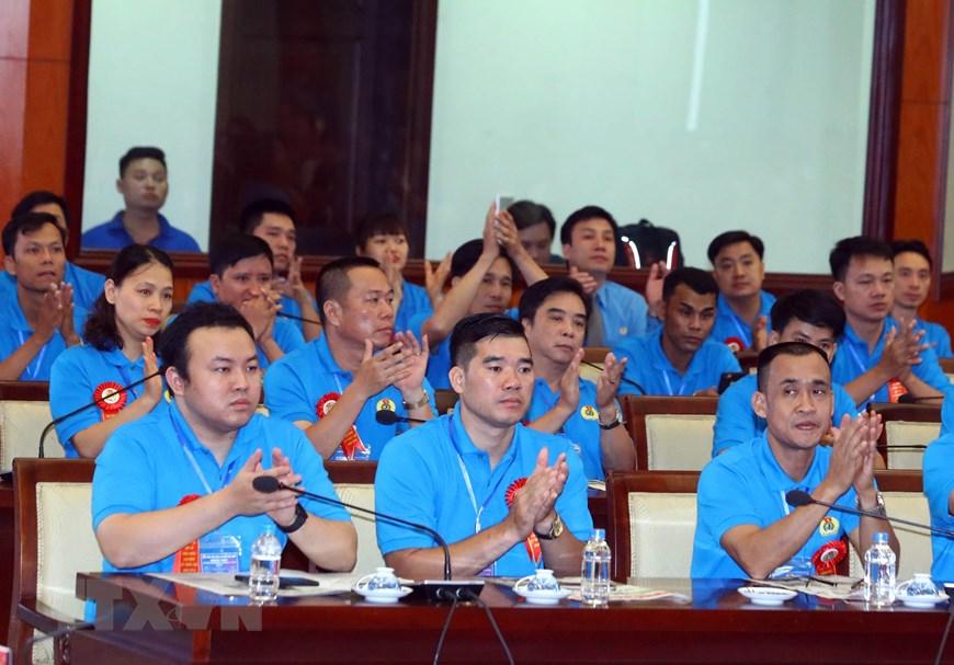 Các đại biểu công nhân, lao động kỹ thuật cao tham dự cuộc gặp gỡ. (Ảnh: Thống Nhất/TTXVN)