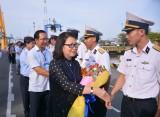 Đoàn công tác số 10 lên đường thăm quân, dân huyện đảo Trường Sa và Nhà giàn DK1