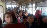 Hành khách bức xúc khi đi xe buýt Long An - Khánh Hưng