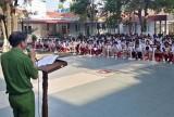 Huyện đoàn Bến Lức chú trọng giáo dục tư tưởng cho đoàn viên, thanh niên