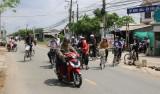 Tân Trụ: Cần bảo đảm an toàn giao thông cho học sinh Trường THCS Bình Lãng