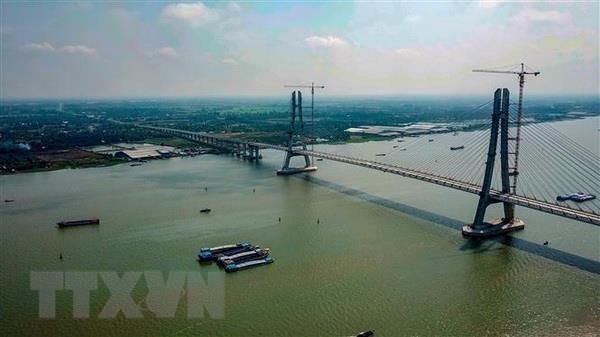 Cầu Vàm Cống bắc qua sông Hậu nối huyện Lấp Vò (Đồng Tháp) với quận Thốt Nốt (thành phố Cần Thơ). (Ảnh: TTXVN phát)