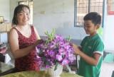 Thị xã Kiến Tường chăm lo trẻ em nghèo