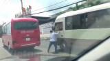 Tước giấy phép lái xe hai tài xế xe khách rượt đuổi nhau trên đường