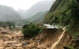 Đảm bảo an toàn khu vực chấm thi THPT quốc gia trước bão số 2