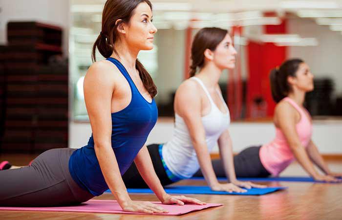 Yoga cũng có thể khắc phục cả tình trạng cường giáp và suy giáp. Có nhiều tư thế Yoga, đặc biệt là các tư thế đảo ngược, có thể giúp bạn khắc phục các bệnh về tuyến giáp một cách hiệu quả./.