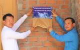 """Liên đoàn Lao động tỉnh Long An trao nhà ở """"Mái ấm công đoàn"""" tại Bến Tre"""