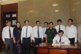 Đoàn cán bộ tỉnh Phú Thọ viếng Nghĩa trang Liệt sĩ tỉnh Long An