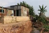 An Giang di dời 27 hộ dân trong vùng sạt lở khu vực sông Vàm Cái Hố