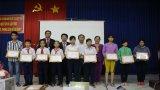 Prudential Việt Nam trao 20 suất học bổng cho học sinh vượt khó, hiếu học Cần Đước