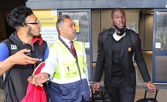Lukaku bay về Bỉ hòng có thể mau chóng gia nhập Inter Milan