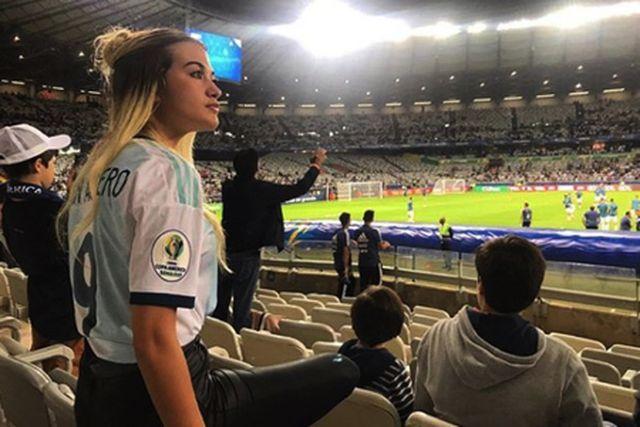 Nàng WAG Sofia Calzetti cũng rất được lòng các cổ động viên Man City
