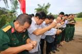 Tân Hưng: Giỗ tập thể liệt sĩ trận đánh Kênh 62 tại xã Vĩnh Đại