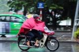 Áp thấp gây mưa dông mạnh ở Bắc Biển Đông, Hà Nội có mưa rào