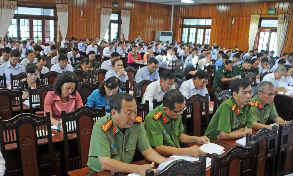Cấp ủy và hệ thống tuyên giáo các cấp tập trung đổi mới, nâng cao chất lượng học tập, quán triệt và tuyên truyền, góp phần đưa nghị quyết của Đảng vào cuộc sống