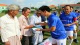 Đội bóng đá nghệ sĩ – Mang tiếng cười cho người kém may mắn