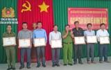 Thị trấn Thủ Thừa: Chung sức giữ vững an ninh, trật tự