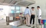 Kiến Tường: Kiểm tra công tác phòng, chống dịch bệnh và an toàn thực phẩm tại trường học