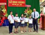 Huyndai Long An trao học bổng tại Trường Tiểu học Võ Thị Sáu