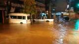 Lãnh đạo Việt Nam điện thăm hỏi về tình hình ngập lụt tại Lào