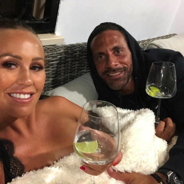 Rio Ferdinand và Kate Wright vẫn đang trải qua những ngày tháng yêu đương ngọt ngào hạnh phúc
