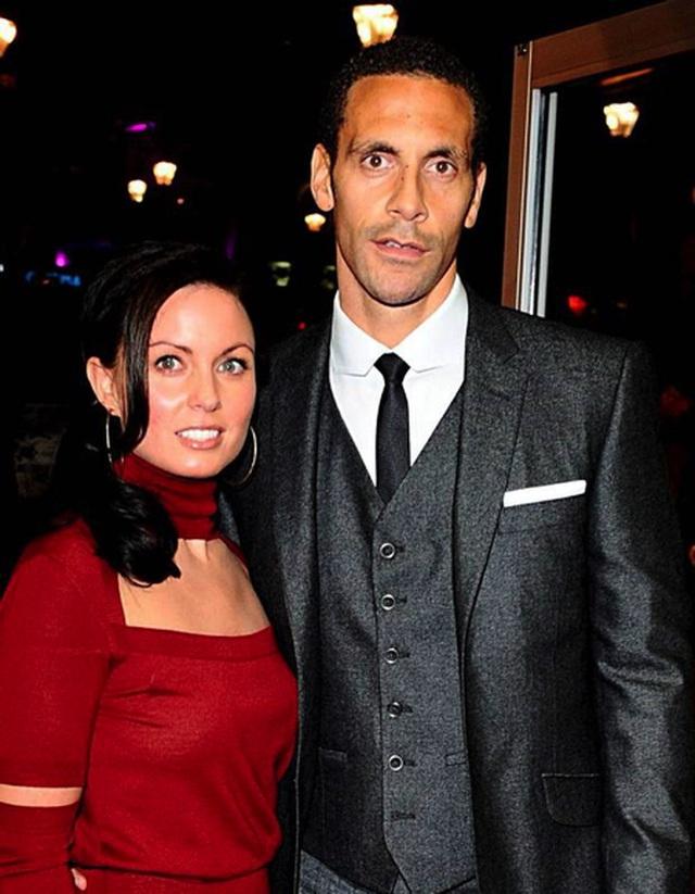 Rio Ferdinand từng rất đau buồn khi mất đi người vợ Rebecca