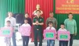 Mô hình 'Con nuôi đồn biên phòng' của Bộ Chỉ huy BĐBP tỉnh Long An: Tiếp tục nhận nuôi dưỡng 4 học sinh