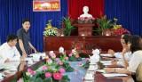 Cục Lưu trữ Văn phòng Trung ương Đảng khảo sát công tác văn thư lưu trữ tại Cần Đước