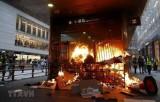 Chính quyền Hong Kong lên án mạnh mẽ sự bạo lực của người biểu tình