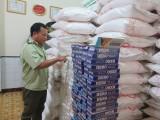Long An: Đội Quản lý thị trường số 8 phát hiện, bắt giữ trên 4.300 gói thuốc lá lậu