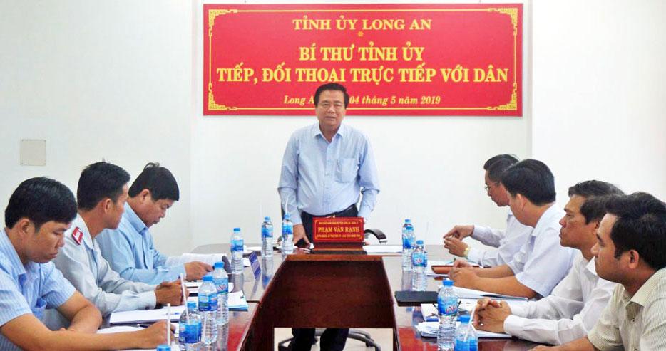 Bí thư Tỉnh ủy, Chủ tịch HĐND tỉnh - Phạm Văn Rạnh chủ trì tiếp, đối thoại trực tiếp với dân