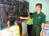 Lớp học tình thương ở khu nhà trọ Bến Lức khai giảng