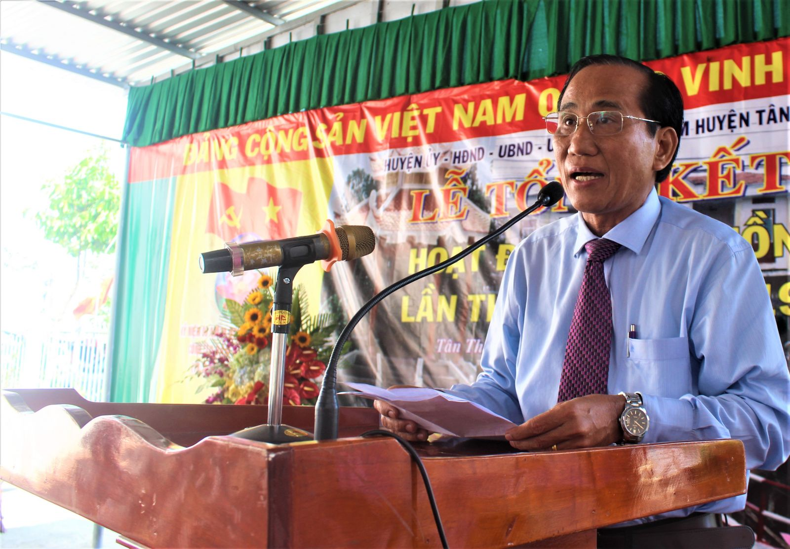 According to the Vice Chairman of Long An Provincial People's Council - Nguyen Thanh Cang, the ancestor-returning activities is a lever to help Tan Hoa commune to have conditions for development.