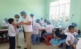 Báo Sài Gòn Giải Phóng, Bệnh viện Răng Hàm Mặt TP.HCM tặng quà, khám bệnh cho học sinh Cần Giuộc