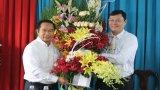 Lãnh đạo Long An đến thăm, chúc mừng Sở Giáo dục và Đào tạo, Trường Chính trị tỉnh nhân Ngày Nhà giáo Việt Nam