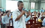 Chủ tịch UBND thị xã Kiến Tường đối thoại với người dân về 'Vệ sinh môi trường và rác thải nhựa'