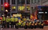 Tấn công bằng dao tại Anh và Hà Lan